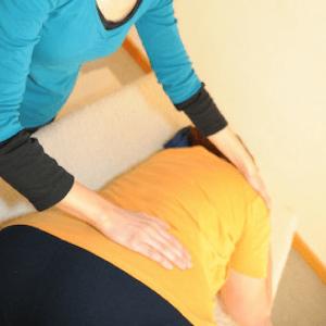 Eutonie in der Einzelstunde nennt man auch Eutonie Behandlung oder Eutonie Therapie